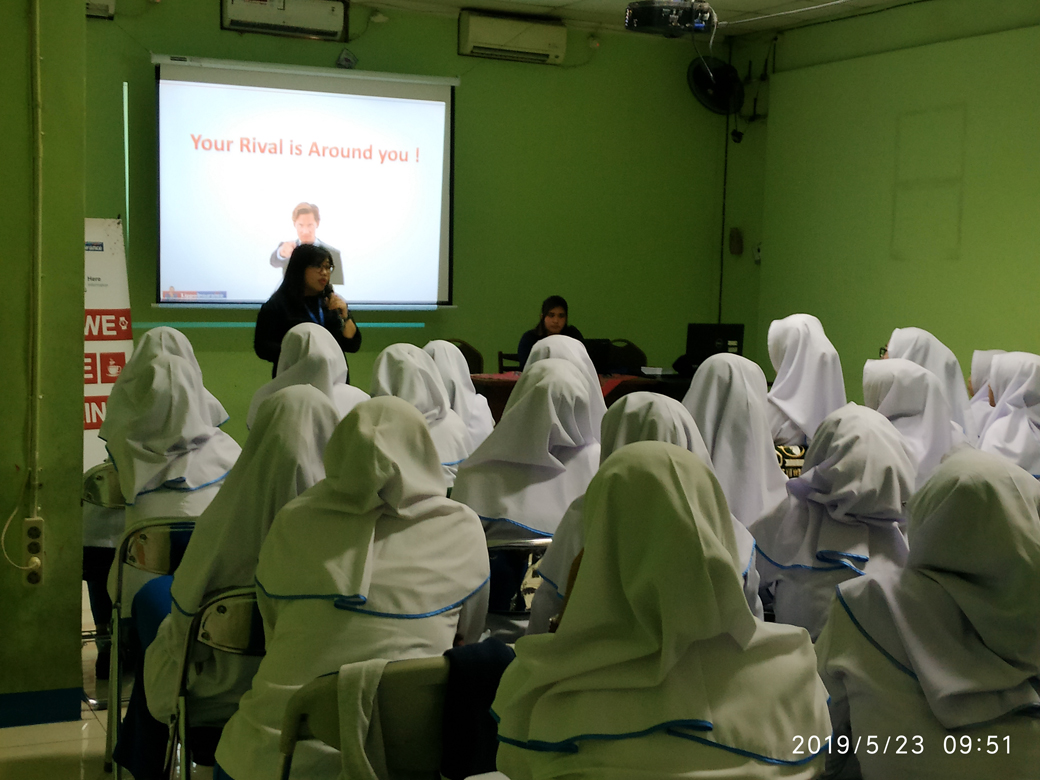 CAREER WORKSHOP & CAMPUS HIRING OLEH LIPPO INSURANCE(2)