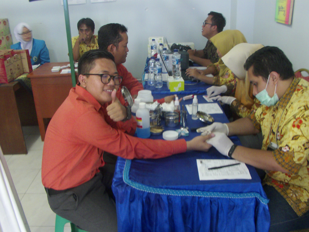 Donor Darah AKBID Karya Bunda Husada Tahun 2018(3)