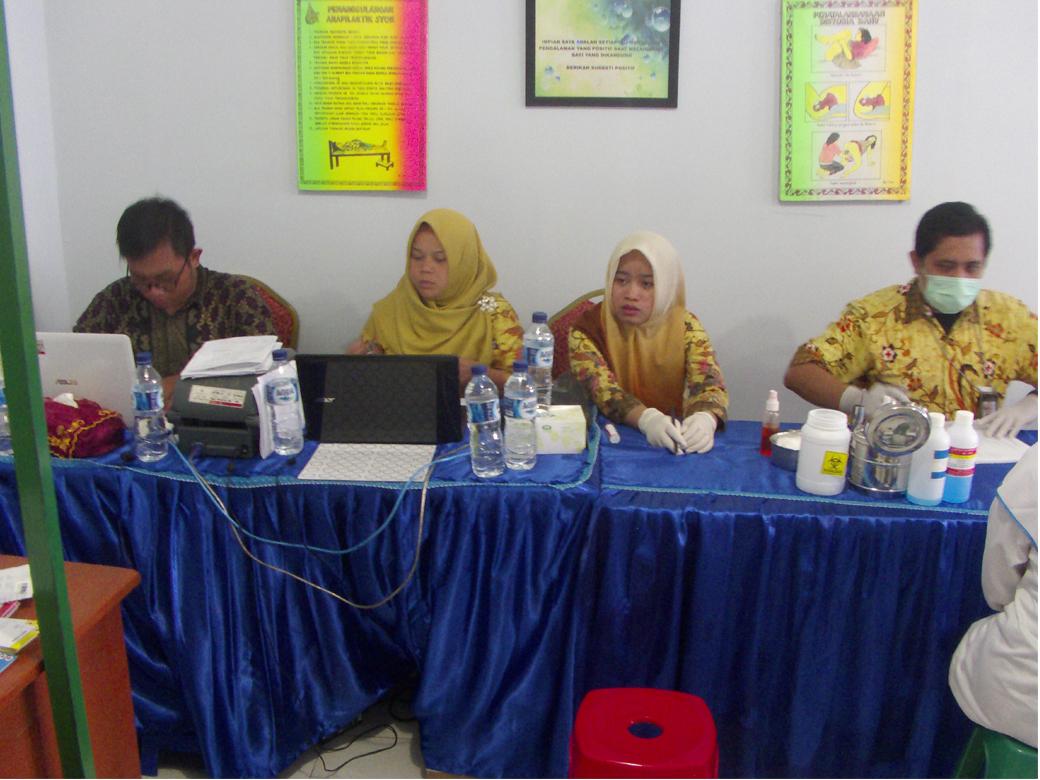Donor Darah AKBID Karya Bunda Husada Tahun 2018(6)